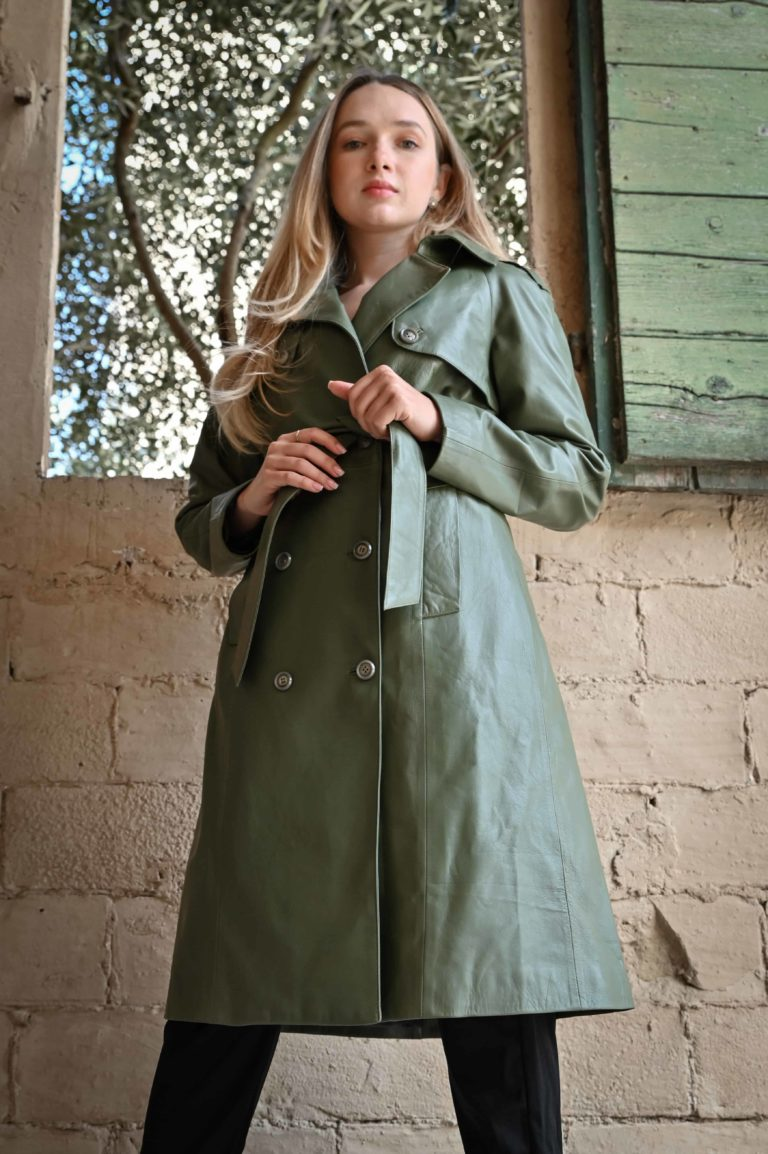 Trench in pelle colore verde